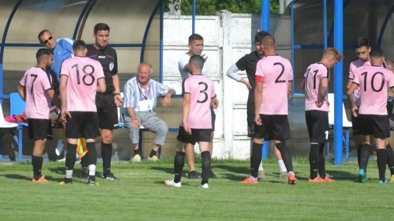 """Caravana fotbalului județean nu pleacă la drum în această lună, Păulișul regretă că nu a putut onora măcar parcursul din Cupă: """"Aradul merita o reprezentantă în faza națională"""""""