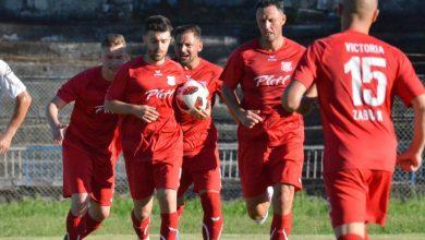 """Photo of 9 contra 11, Zăbraniul a ieșit din calculele promovării în Liga 3-a: """"Pe vremea mea arbitrii gestionau altfel unele faze, rămânem cu un meci bun chiar și în inferioritate"""""""
