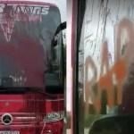 Autocarul UTA-ei, vandalizat de fanii Rapidului! + VIDEO