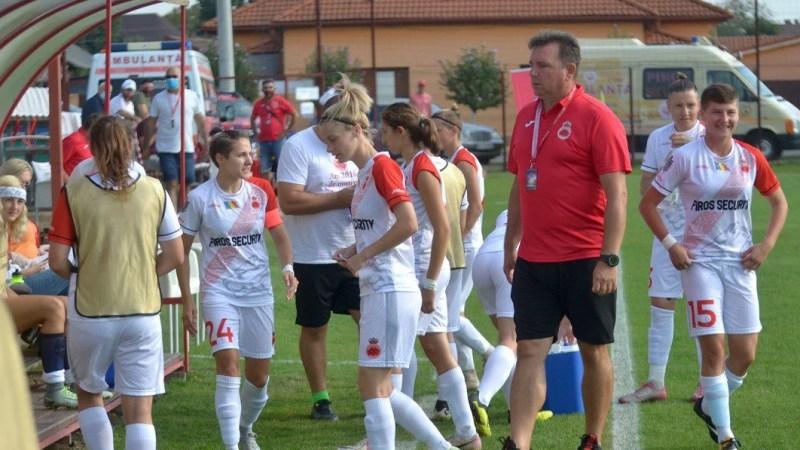 Derby-ul Vestului la fotbal feminin a fost amânat: Arădencele rămân în izolare, antrenorul Bugar e internat în spital!
