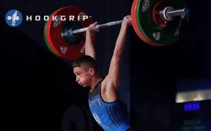 Cosmin Krupla, triplu medaliat şi recordmen la Cupa Mondială ONLINE pentru juniori II!
