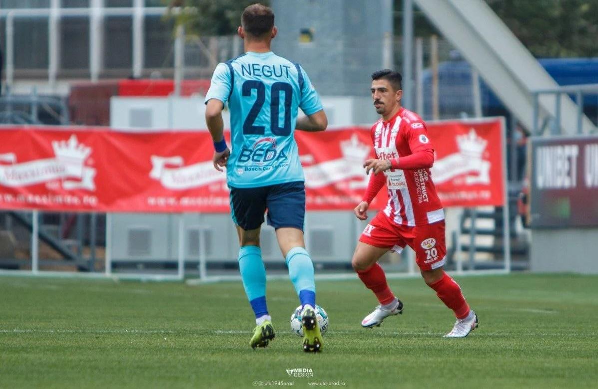 """Utistul Roumpoulakou, printre cei mai constanți """"stranieri"""" din Casa Liga 1: """"Muncă la antrenamente și concentrare la meciuri, pentru play-off luăm fiecare meci în parte"""""""