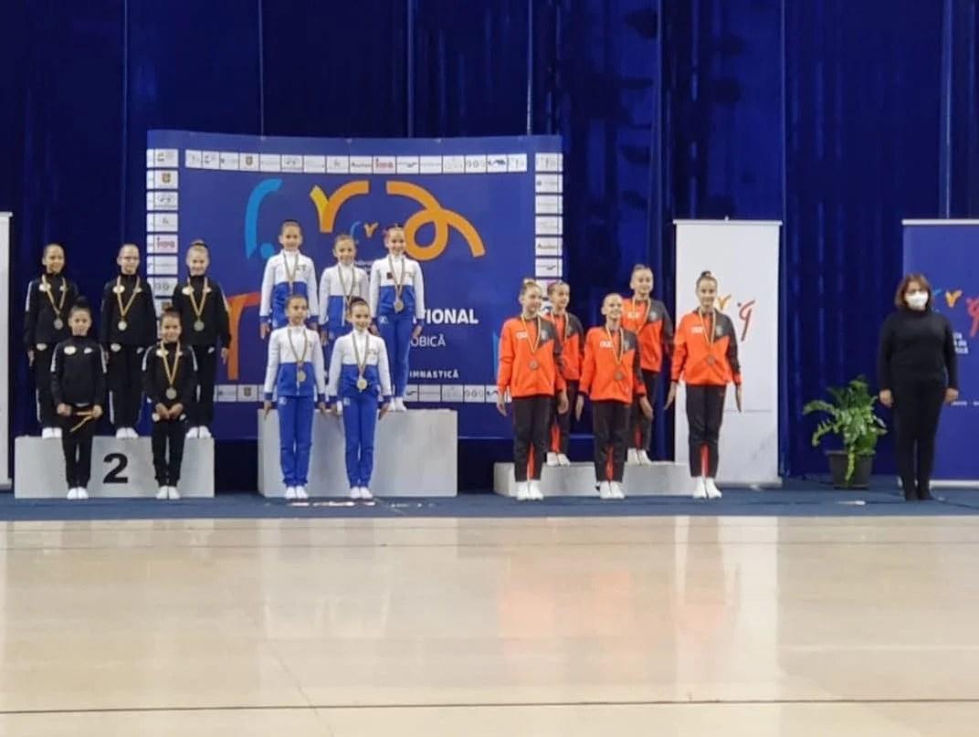 CS Universitatea și Urania s-au întors cu medalii de la singurul concurs oficial de gimnastică aerobică din 2020: Mujdei e campion național la juniori 2!