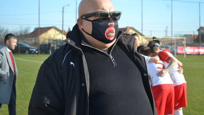 """Fotbalistele de la Piroș Security fac cinste Aradului, dar autoritățile locale se uită în altă direcție: """"Mă gândesc să mut echipa într-un alt oraș!"""""""