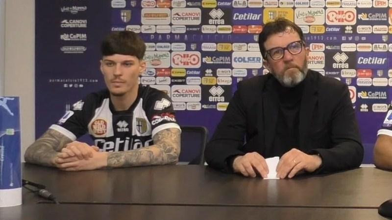 """Man, la prezentarea în tricoul Parmei: """"Mutu este modelul meu!""""; Arădeanul e anunțat titular cu Bologna"""