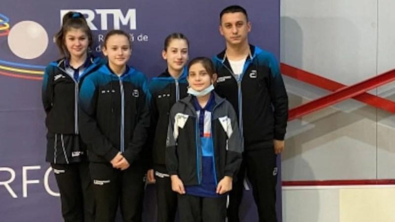 Bronzul național la tenis de masă pe echipe pentru Junioarele II de la CSM Arad!