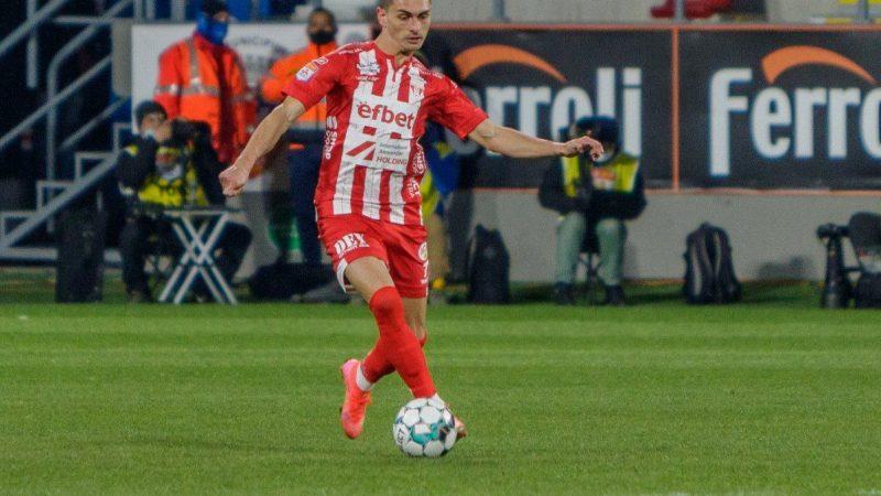 Dinamo a pus rapid mâna pe ex. utistul Andrei Peteleu