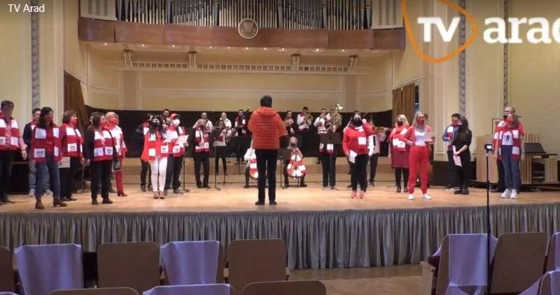 Orchestra și corul Filarmonicii de Stat Arad au cântat pentru UTA de ziua ei! + VIDEO