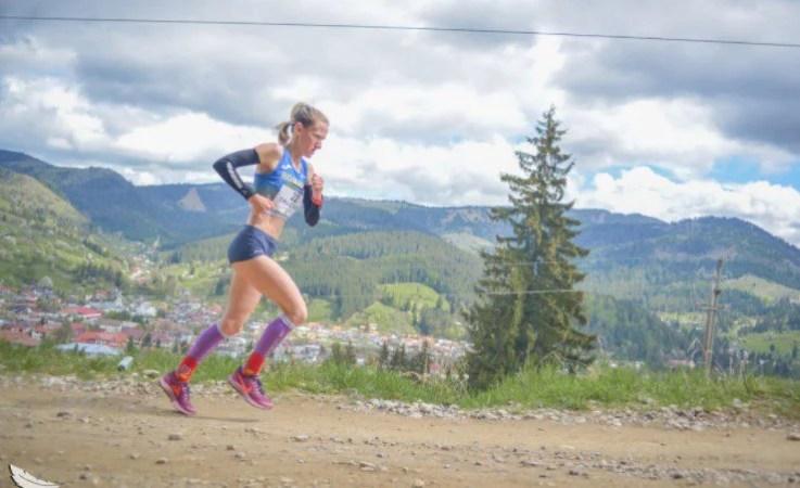 """""""Studenta"""" Liliana Dragomir e campioană balcanică la alergare montană"""