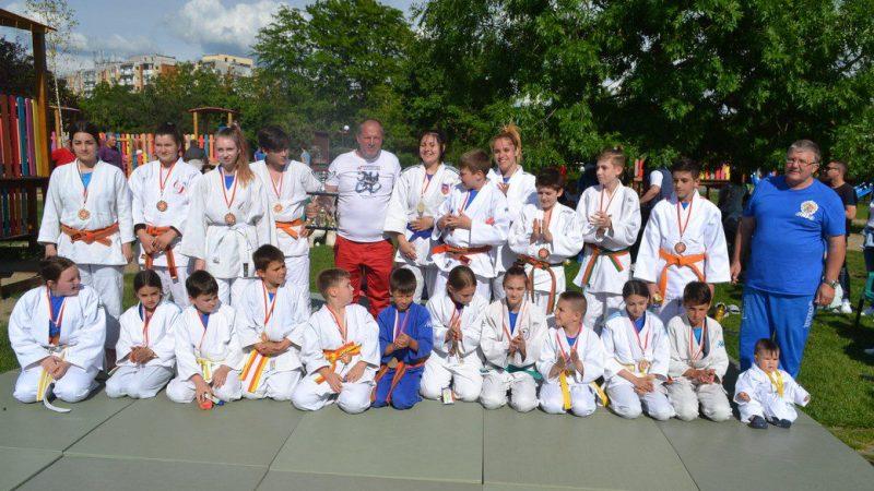 Panda Team le-a făcut poftă de judo copiilor, de ziua lor!