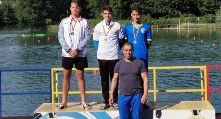Kaiacistul Tibor Kisvardai e campion naţional de maraton la cadeţi