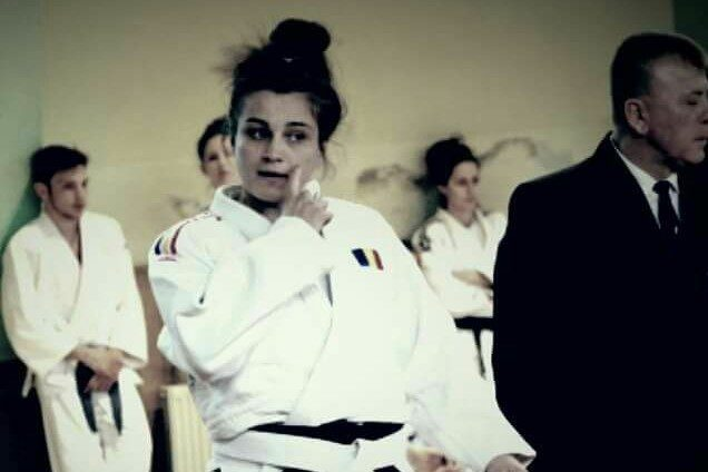 """""""Studenta"""" LorenaPodelenczki a câștigat Cupa României la judo"""