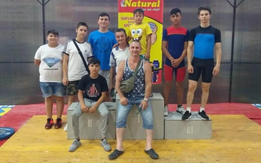 Juniorii de la CSM Arad au cucerit zece medalii la Naţionalele de haltere!