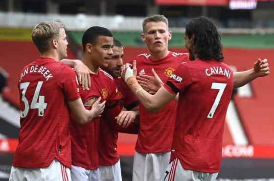 Sementara kotoran mengenai penggemar, United mengalahkan Burnley.  Gambar: Gambar PA