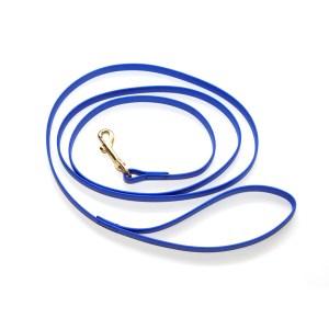 Поводок из биотана шир. 13 мм синий с латунным карабином