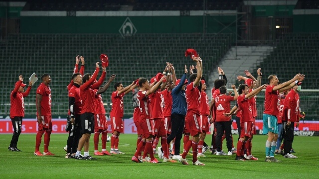 Photo of Bayern Munich Win Bundesliga Title For The Eight Straight Times In A Row – Sportelo