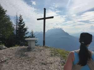 Pendlingkreuz mit Aussicht auf's Kaisergebirge
