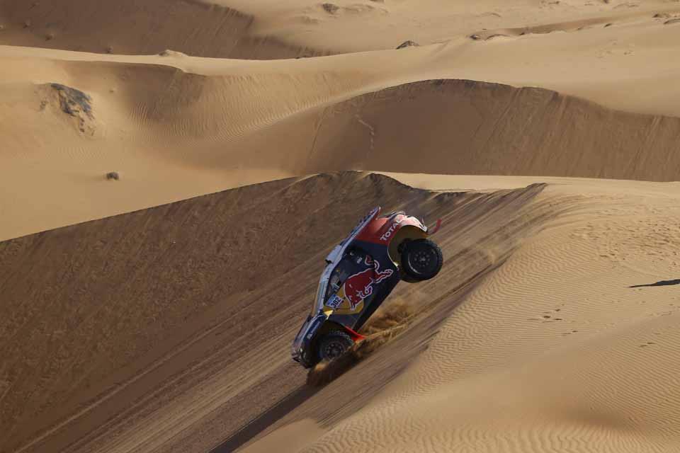 Dakar2015-Jan7-Peterhansel-(2)-web