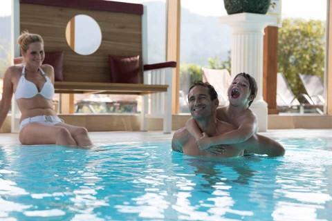 Hotel.Sommer_Pool-Familie