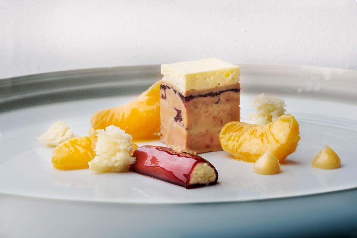 Dessert mit Mandarinen im neuen Restaurant Glow in Davos