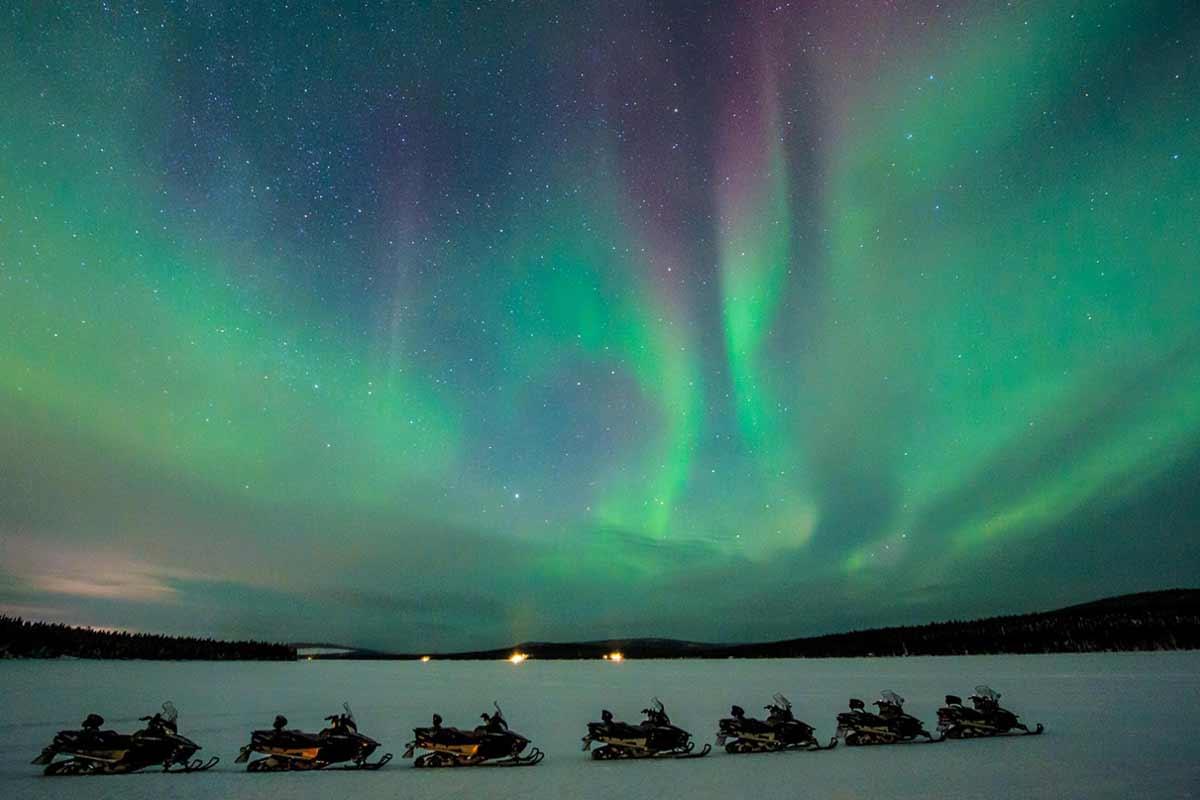 icehotel_aurora-snowmobile-icehotel-sweden-bild3