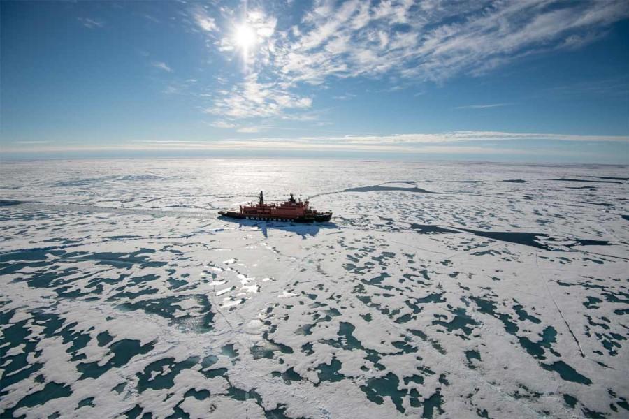 nordpol-reise-atomeisbrecher-web-bild