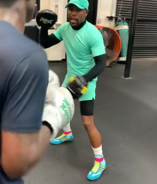 Floyd Mayweather continues training career as he guides 2016 Olympian Richardson... - FLOYD PAUL 1