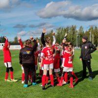 T11 pelasivat kauden viimeiset sarjaottelunsa tänään Jalasjärvellä