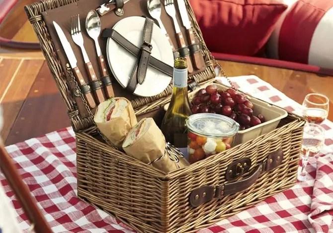 10 accessori per un picnic perfetto
