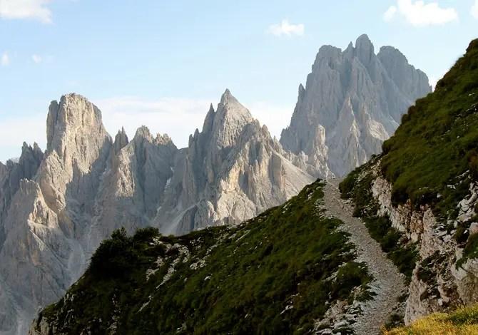 Sentiero Montagna Dolomiti Misurina FlickrCC Renaud Camus