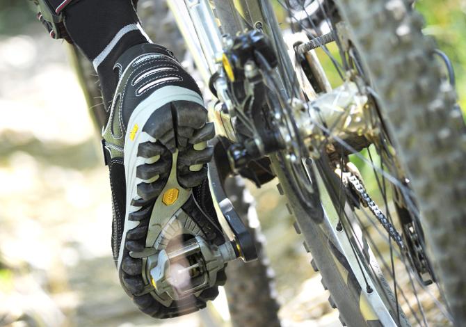 Scegliere scarpe andare MTB
