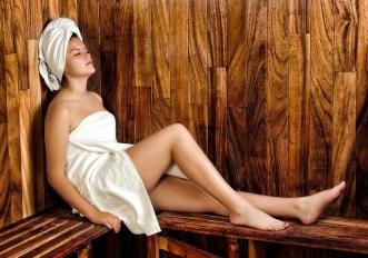 Fare la sauna mantiene il cervello giovane e il cuore in salute