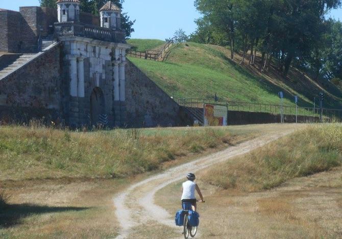 la-nuova-via-italiana-al-cammino-di-santiago-da-aquileia-a-genova-la-via-postumia-bici