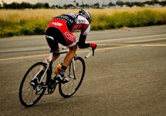 Come regolare la sella della bici da corsa: altezza, arretramento e inclinazione