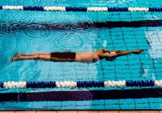 nuoto in piscina consigli per iniziare