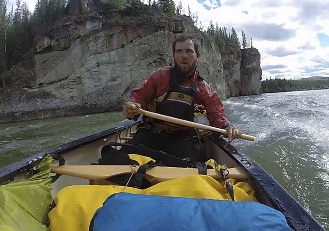 into-the-wild-in-alaska-sulle-tracce-di-bonatti-igor-dindia-e-le-sue-avventure-canoa