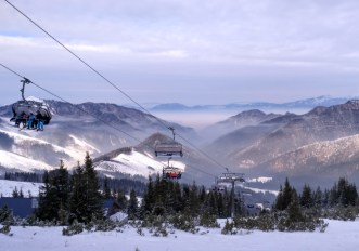 Impianti sci aperti per ospiti di alberghi e seconde case