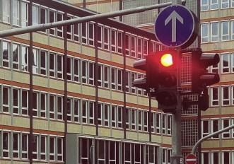 Semaforo rosso per i ciclisti: quando si può passare?