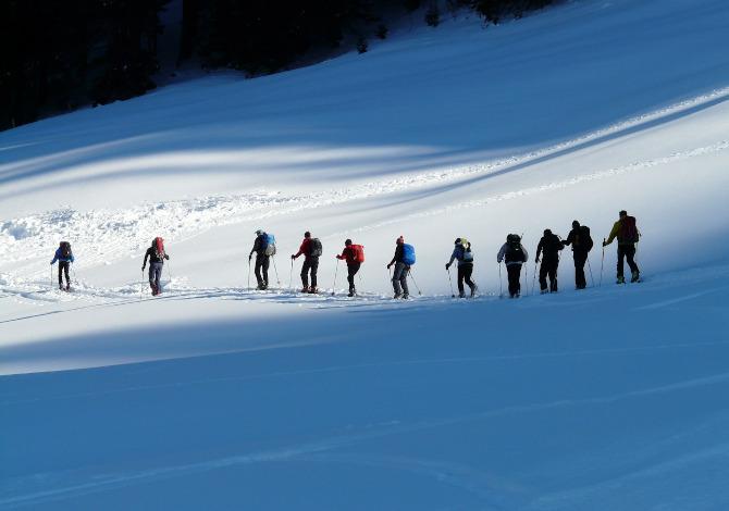 Obbligo ARVA per scialpinisti e ciaspole fuoripista: in quali regioni?