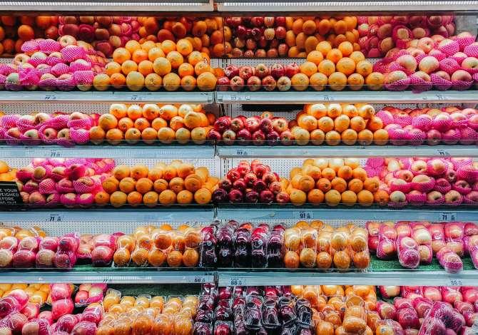 sprechiamo cibo in quantità esagerata e i motivi sono futili