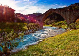 7 Cammini poco famosi in Italia per scoprire i viaggi a piedi