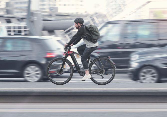 Bike Town, il progetto che aiuta le aziende a far adottare le bici elettriche per la mobilità urbana dei dipendenti