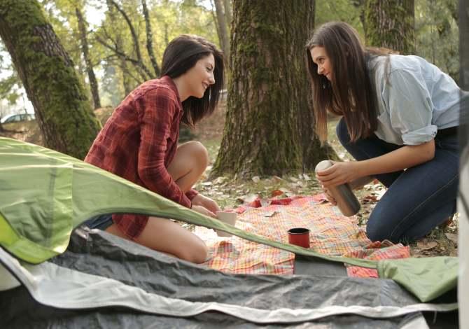 Campeggiare ecosostenibile: guida per il camping a impatto zero