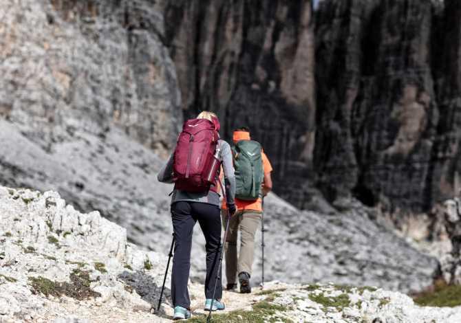 Salewa Alp Mate, lo zaino da montagna per gli escursionisti sportivi