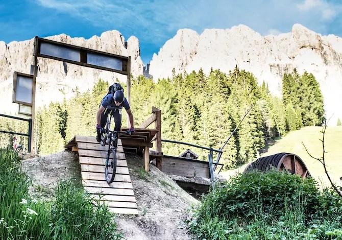 mtb-sulle-dolomiti-i-bike-park-e-le-scuole-di-bici-in-val-ega-percorsi-carezza-trail