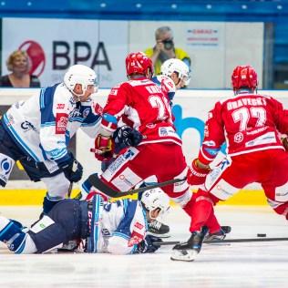 V neděli 11. září 2016 se v plzeňské Home Monitoring Aréně odehrál hokejový zápas 2. kola TipSport Extraligy ledního hokeje mezi celky HC Škoda Plzeň a HC Oceláři Třinec. ROMAN TUROVSKÝ