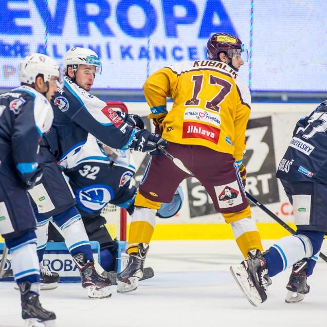 V neděli 1. října 2017 se v plzeňské Home Monitoring Aréně odehrál hokejový zápas 9. kola TipSport Extraligy ledního hokeje mezi celky HC Škoda Plzeň a HC Dukla Jihlava. ROMAN TUROVSKÝ