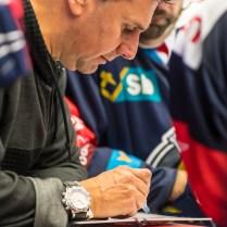 V pátek 19. října 2018 se v Karlovarské KV Aréně odehrál hokejový zápas 11. kola TipSport Extraligy ledního hokeje mezi celky HC Energie Karlovy Vary a Piráti Chomutov. ROMAN TUROVSKÝ