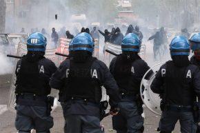 scontri-polizia-atalanta