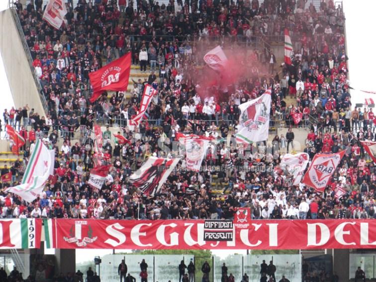 Bari-Novara-Serie-B-2015-16-09